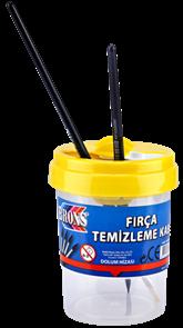 Kelímek na vodu s uzávěrem - mix barev