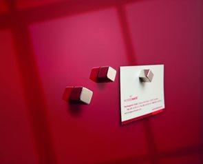 Magnety 10x10x10 mm, 4 ks - stříbrná barva