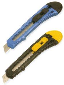 Vylamovací nůž velký 15 × 2,8 cm