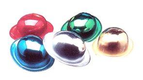 Klobouk lesklý plast, mix barev