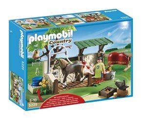 Pečovatelská stanice pro koně - Playmobil - novinka 2013