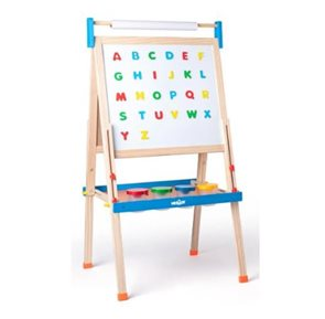 """Tabule """"ABC"""" s písmeny, s rolí papíru a kelímky"""