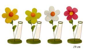 Dřevěná květina s vázou