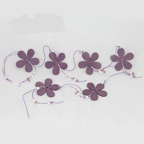 Dřevěná girlanda Květy fialová