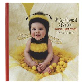 Anne Geddes Kniha Mých prvních pět let Včelka