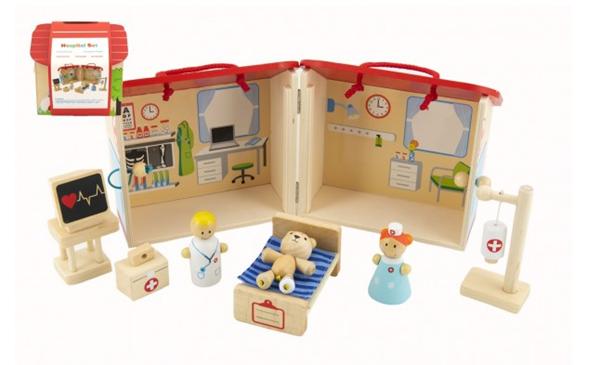 Domeček dřevěná nemocnice s doplňky 10 ks