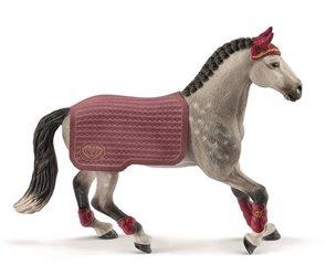 Schleich 42456 Turnajová kobyla Trakénského koně