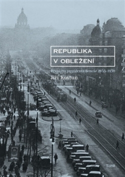 Republika v obležení - Jiří Kovtun - 15x21 cm